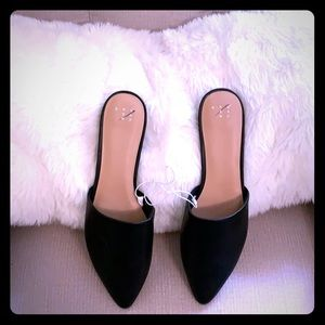 A NEW DAY JUNEBUG POINTY TOE BACKLESS MULES BLACK